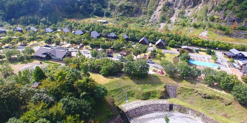 三重県青川峡キャンピングパーク...